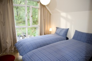 Lochleven Seafood Cottage Twin bedroom